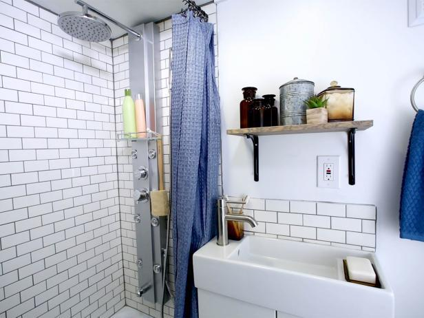 10 Creative Ideas For Your Tiny House Bathroom