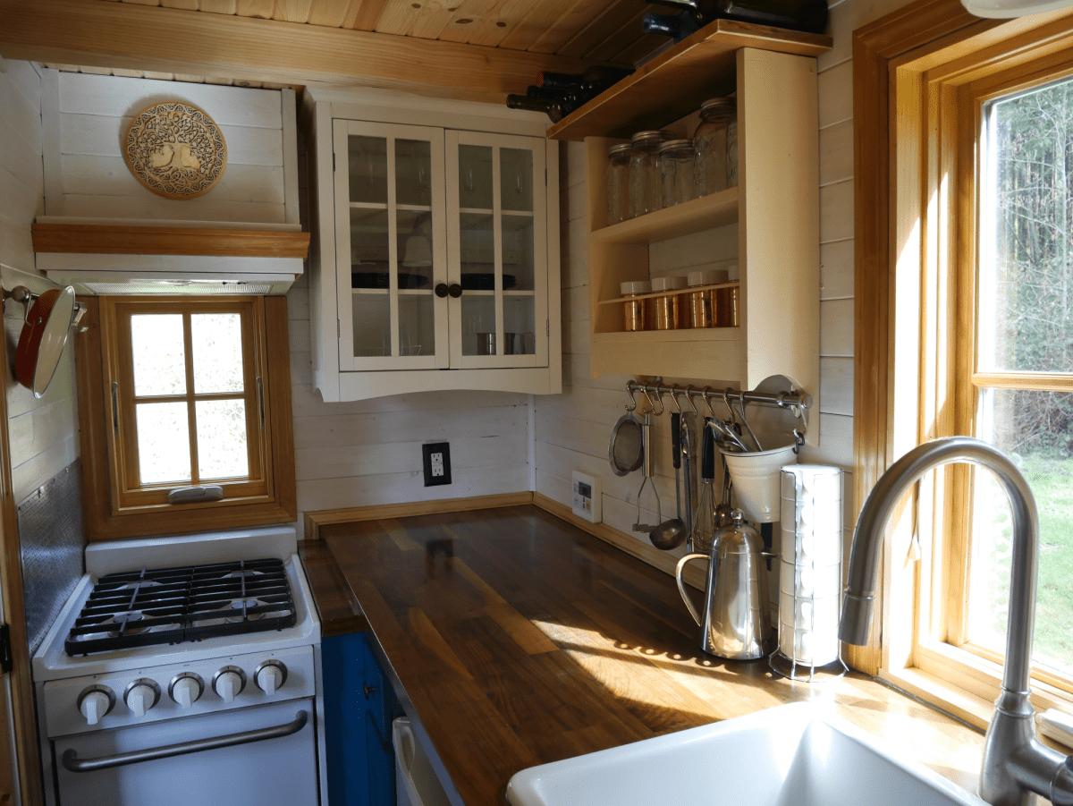 13 Amazing Tumbleweed Tiny Houses